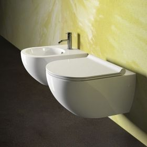 Окачена тоалетна Sfera с капак