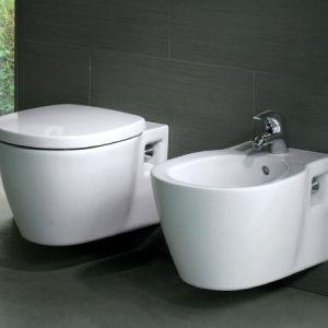 Окачена тоалетна Connect Space